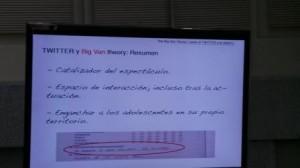 The Big Van Theory. Liarse el twitter a la cabeza