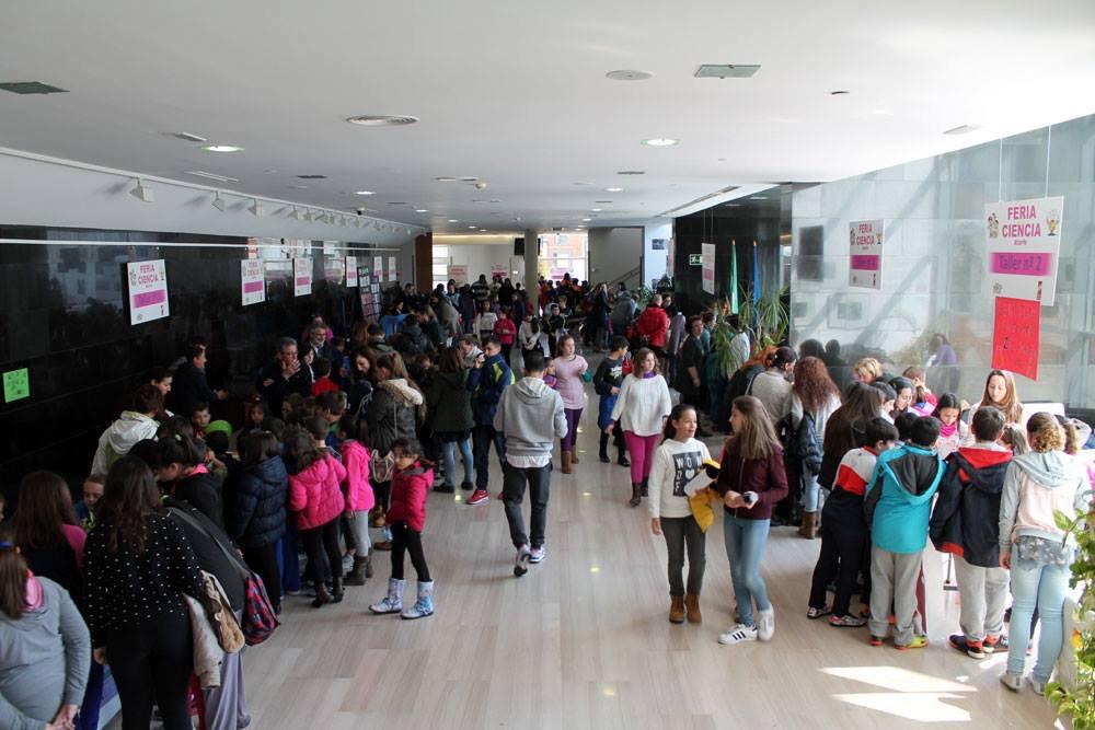 El Centro Cultural Medina Elvira a rebosar.